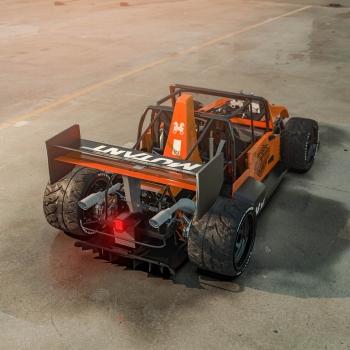 Jeep-F1-mutant-_-harley-davidson-1-BIP-1.658