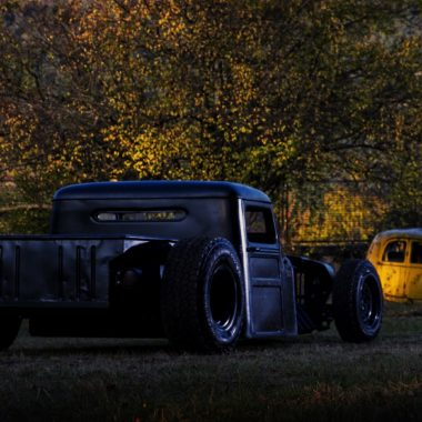 jeep_wagon_danton_arts_kustoms_back